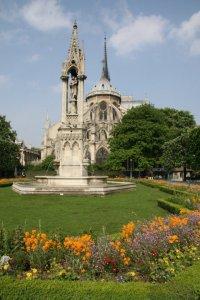 Paris_Spring_Notre Dame