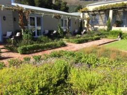 cabriere-courtyard