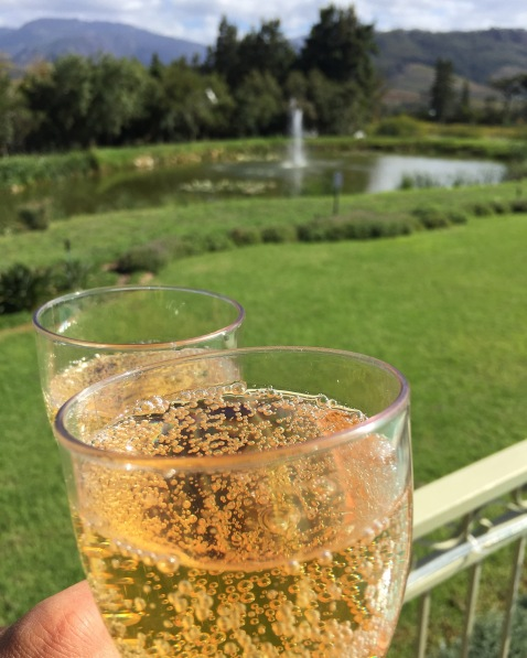 cabriere-toast
