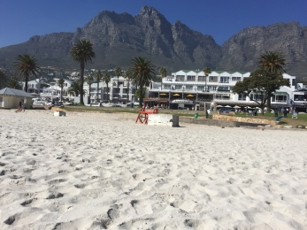 Camps Beach-tablemountain