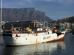 va-waterfront-boat