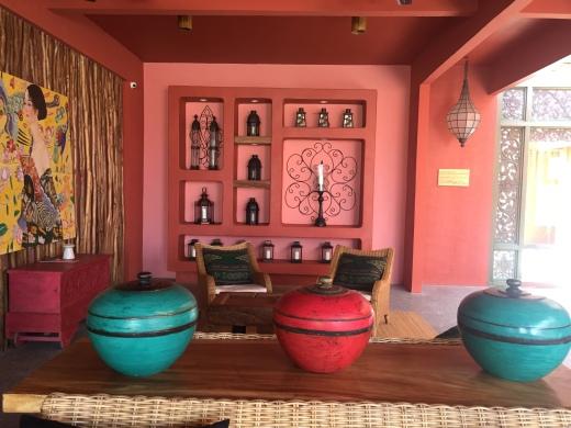 pinkcoco-lobby