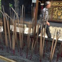 temple-incense